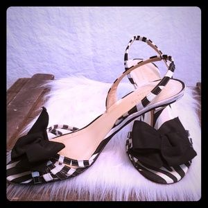 Kate Spade heels with bow Black and white